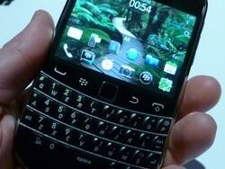 BlackBerry Bold 9900/9930 Photo Gallery