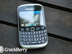 RadioShack offering the BlackBerry Curve 9310 on Boost Mobile for $79.99