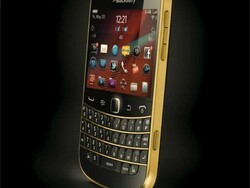 Enter now to win a gold BlackBerry Bold 9900 from BlackBerry UK!