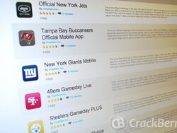 Grab these NFL mobile apps for your BlackBerry