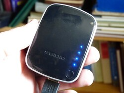 Seidio Charging Vault Review - a backup battery pack for your BlackBerry Smartphone