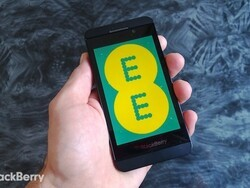 Want to use the BlackBerry Z10 on 4G in the UK? Here are the current price options