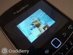 Vodafone UK adds a new BlackBerry Freebee for pay as you go customers