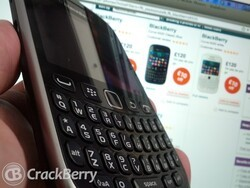 Vodafone UK offering up a discount on the BlackBerry 9320