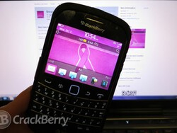 Support the fight against Breast Cancer with a wonderful BlackBerry theme from mgdotnet