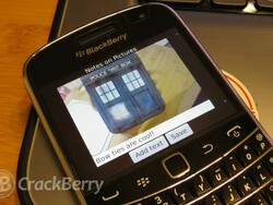 Quickly add captions to your photos with Notes on Pictures for BlackBerry smartphones