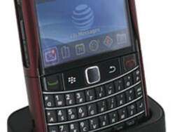 Review: Seidio Desktop Charging Cradle for the BlackBerry Bold 9700 and 9780
