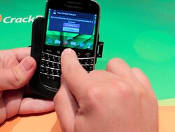 Enabling the Smart Accessory feature in your BlackBerry 7 smartphone