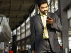 Managers Can Help With BlackBerry Addiction