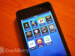 Google Talk, Yahoo Messenger and Windows Live Messenger clients all ready for BlackBerry 10