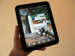 The HP TouchPad review [the competition]