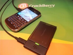 Review: BlackBerry J-Series Extra Battery Charger Bundle for Bold 9900/9930