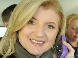 Arianna Huffington removed from plane after refusing to turn off her BlackBerry