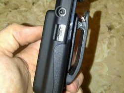 Seidio SURFACE Extended Battery Case and holster review by CrackBerry member eve6er69!