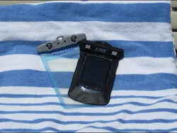 Keep your BlackBerry dry this summer with a waterproof case!