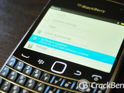 I hope the BlackBerry Classic's trackpad lights up and powers down like it does on the Bold 9900