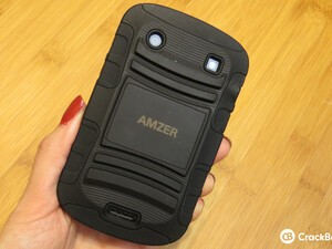 The Amzer Hybrid Case offers maximum protection for your BlackBerry Bold 9900/9930