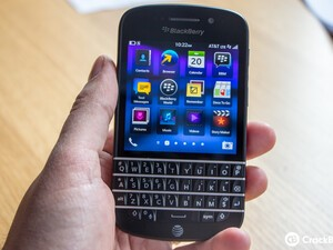 Register for BlackBerry Q10 updates at AT&T