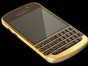 You can win this Gold BlackBerry Q10!