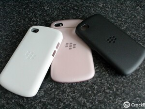 Looking for a minimal case for your Q10? The BlackBerry Soft Shell case may be for you