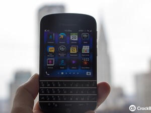 BlackBerry Q10 now available from AT&T
