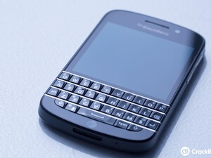 BlackBerry Q10 available at WIND June 7th