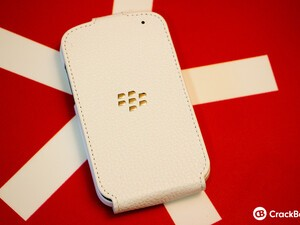 Kick up your style with the BlackBerry Q10 Flip Shell Case
