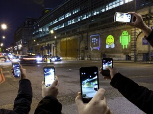 BlackBerry hit the streets of London as BBM goes cross platform this weekend