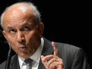 Prem Watsa says he's confident about bid for BlackBerry