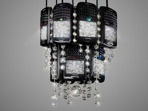 BlackBerry chandelier brings old-school class to your dining room