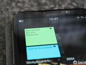 Give yourself a quick reminder with StickyBoard Notes for BlackBerry 10