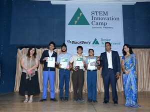 BlackBerry Felicitates India's Young Achievers at STEM 2013