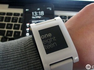 Pebble smartwatch app Talk2Watch updated with various improvements
