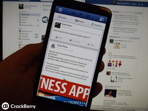 How to quickly update your Facebook status on BlackBerry OS 10.2.1