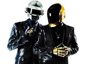 Jay Z drops rhymes about his BlackBerry as he teams up with Daft Punk for 'Computerized'