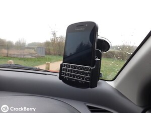 ProClip Custom Suction Cup Mount for BlackBerry Q10
