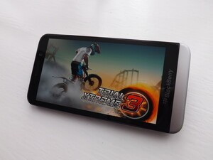 Get Trial Xtreme 3 (free) on your BlackBerry 10 smartphone