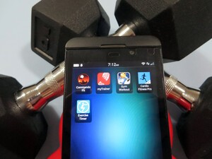 Best BlackBerry apps for hitting the gym and lifting weights