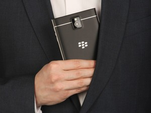 Vodafone Germany preparing for the BlackBerry Passport