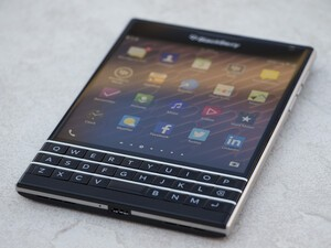 BlackBerry Passport part of Amazon India Lightning Deals
