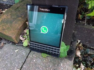 WhatsApp gets updated for BlackBerry 10.3 and the Passport