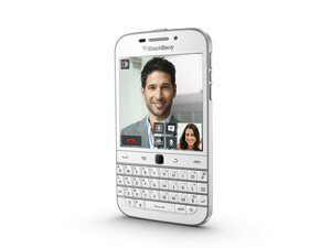 BlackBerry Classic in white arrives this month, blue and bronze in April