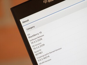 Canadian carriers have now released BlackBerry OS 10.3.2