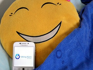 Talking Alarm wakes you with your schedule, weather and news