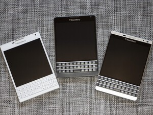 Which version of the BlackBerry Passport do you prefer?
