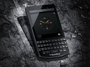 BlackBerry Porsche Design P'9983 Graphite launches in India