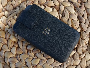 Save 53% today on BlackBerry Classic leather swivel holsters