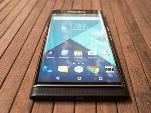 BlackBerry Priv now available from more UK outlets