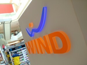 Shaw announces plans to acquire Wind Mobile