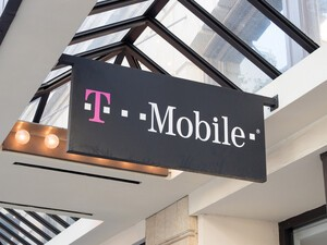 T-Mobile thanks its customers with new Uncarrier moves